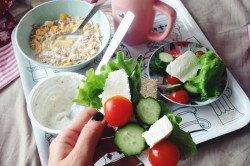 Полноценные завтраки для борьбы с сединой